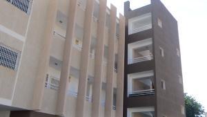 Apartamento En Venta En Maracaibo, Las Mercedes, Venezuela, VE RAH: 17-2445