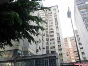 Apartamento En Venta En Caracas, Parroquia La Candelaria, Venezuela, VE RAH: 17-2465