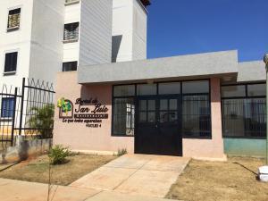 Apartamento En Venta En Valencia, El Portal De San Luis, Venezuela, VE RAH: 17-2604