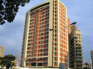 Apartamento En Venta En Valencia, Los Mangos, Venezuela, VE RAH: 17-2489