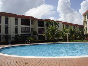Apartamento En Venta En Higuerote, Agua Sal, Venezuela, VE RAH: 17-3518