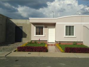 Casa En Venta En Barquisimeto, Parroquia Tamaca, Venezuela, VE RAH: 17-2521