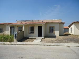 Casa En Venta En Guacara, Ciudad Alianza, Venezuela, VE RAH: 17-2529