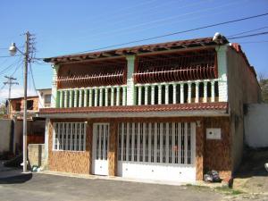Casa En Venta En La Victoria, Vista Hermosa, Venezuela, VE RAH: 17-2532