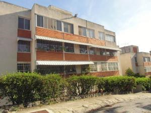 Apartamento En Venta En Caracas, Lomas De La Trinidad, Venezuela, VE RAH: 17-2591