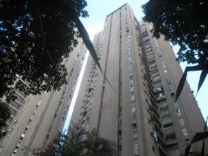 Apartamento En Venta En Caracas, El Paraiso, Venezuela, VE RAH: 17-2595