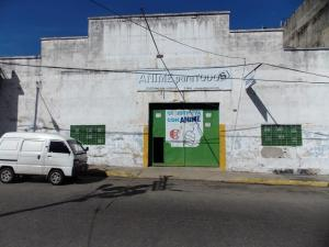 Galpon - Deposito En Alquiler En Valencia, Avenida Bolivar Norte, Venezuela, VE RAH: 17-2596