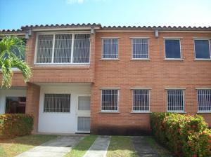 Townhouse En Venta En Guatire, Terrazas De Buena Ventura, Venezuela, VE RAH: 17-2605