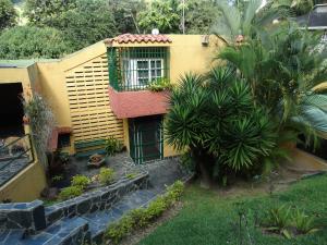 Casa En Venta En Caracas, Los Geranios, Venezuela, VE RAH: 17-2610