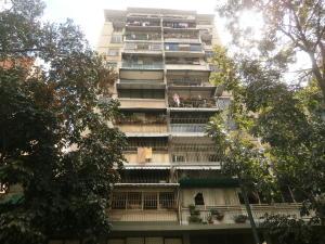 Apartamento En Venta En Caracas, San Jose, Venezuela, VE RAH: 17-2625