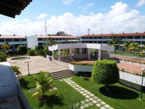Apartamento En Venta En Higuerote, Ciudad Balneario Higuerote, Venezuela, VE RAH: 17-2623