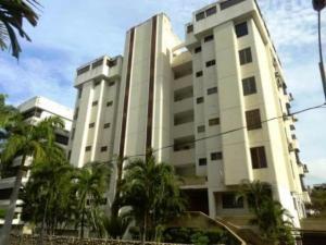 Apartamento En Venta En Parroquia Caraballeda, Caribe, Venezuela, VE RAH: 17-2630