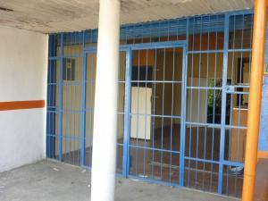 Local Comercial En Venta En Municipio Libertador, Parroquia Tocuyito, Venezuela, VE RAH: 17-2783