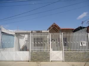 Casa En Venta En Cabudare, Parroquia Cabudare, Venezuela, VE RAH: 17-2675