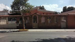Casa En Venta En Valencia, Trigal Norte, Venezuela, VE RAH: 17-2929