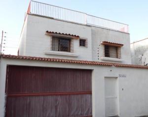 Casa En Venta En Caracas, La Florida, Venezuela, VE RAH: 17-2713