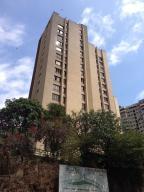 Apartamento En Venta En Caracas, El Marques, Venezuela, VE RAH: 17-2716
