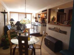 Apartamento En Venta En Maracaibo, Bellas Artes, Venezuela, VE RAH: 17-2737