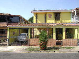 Casa En Venta En Valencia, Trigal Sur, Venezuela, VE RAH: 17-2850