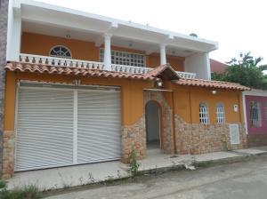Casa En Venta En Barcelona, El Tamarindo, Venezuela, VE RAH: 17-2883