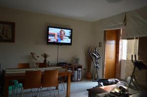 Apartamento En Venta En Caracas - Colinas de Bello Monte Código FLEX: 17-2806 No.3