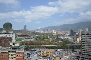 Apartamento En Venta En Caracas - Colinas de Bello Monte Código FLEX: 17-2806 No.10
