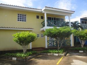 Apartamento En Venta En Margarita, Pampatar, Venezuela, VE RAH: 17-2813