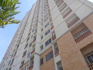 Apartamento En Venta En Municipio Naguanagua, Palma Real, Venezuela, VE RAH: 17-2815