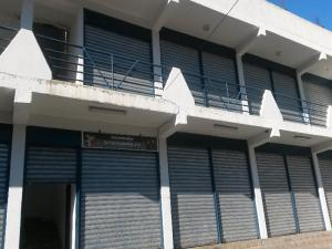 Local Comercial En Venta En Carrizal, Municipio Carrizal, Venezuela, VE RAH: 17-2819