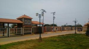Townhouse En Venta En Municipio San Francisco, La Coromoto, Venezuela, VE RAH: 17-2821