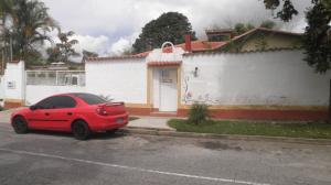 Casa En Venta En Caracas, Los Guayabitos, Venezuela, VE RAH: 17-3261