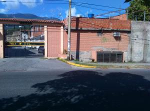 Casa En Venta En Guatire, El Castillejo, Venezuela, VE RAH: 17-2842