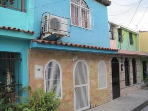 Casa En Venta En Barquisimeto, Centro, Venezuela, VE RAH: 17-2856