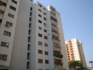 Apartamento En Venta En Municipio Los Guayos, Los Guayos, Venezuela, VE RAH: 17-2867