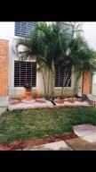 Casa En Venta En Cabudare, Tarabana Plaza, Venezuela, VE RAH: 17-2869