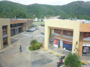 Local Comercial En Venta En Municipio San Diego, Los Jarales, Venezuela, VE RAH: 17-3404