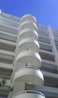 Apartamento En Venta En Parroquia Caraballeda, Caribe, Venezuela, VE RAH: 17-2939