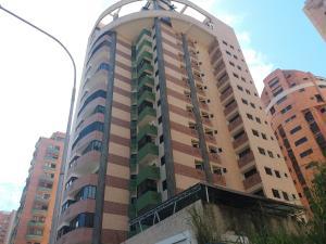Apartamento En Venta En Valencia, La Trigaleña, Venezuela, VE RAH: 17-3023