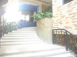 Apartamento En Venta En Valencia, Valle Blanco, Venezuela, VE RAH: 17-3090