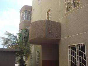 Apartamento En Venta En Maracaibo, Ziruma, Venezuela, VE RAH: 17-3201