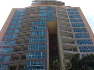 Apartamento En Venta En Valencia, Sabana Larga, Venezuela, VE RAH: 17-3003