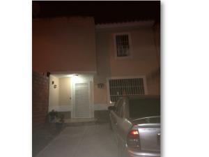 Casa En Venta En Cua, Villa Falcon, Venezuela, VE RAH: 17-2997