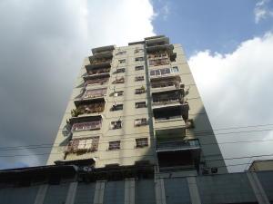 Apartamento En Venta En Caracas, Parroquia La Candelaria, Venezuela, VE RAH: 17-3012