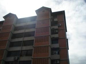 Apartamento En Venta En Guarenas, Nueva Casarapa, Venezuela, VE RAH: 17-3014