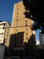 Apartamento En Venta En Caracas, Los Palos Grandes, Venezuela, VE RAH: 17-3020
