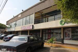 Local Comercial En Alquiler En Cabimas, Zulia, Venezuela, VE RAH: 17-3042