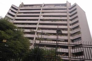 Apartamento En Venta En Caracas, Altamira, Venezuela, VE RAH: 17-3062