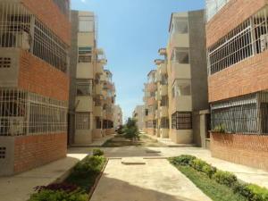 Apartamento En Venta En Punto Fijo, Campo Maraven, Venezuela, VE RAH: 17-3064