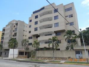 Apartamento En Venta En Parroquia Caraballeda, Caribe, Venezuela, VE RAH: 17-3066