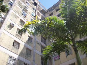 Apartamento En Venta En Valencia, Kerdell, Venezuela, VE RAH: 17-3074